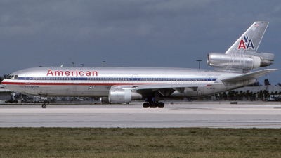 N132AA - McDonnell Douglas DC-10-10 - American Airlines