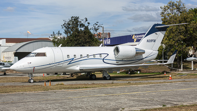 N28FM - Bombardier CL-600-2B16 Challenger 601 - Private