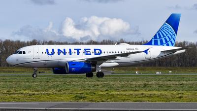 A picture of N806UA - Airbus A319131 - United Airlines - © Jasper Kringen