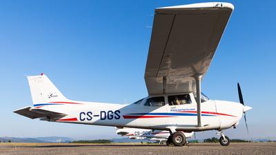 CS-DGS - Cessna 172R Skyhawk II - Nortávia