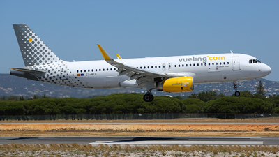 EC-MER - Airbus A320-232 - Vueling Airlines