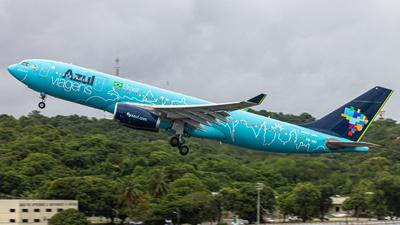 A picture of PRAIU - Airbus A330243 - Azul Linhas Aereas - © Eduardo Salesp