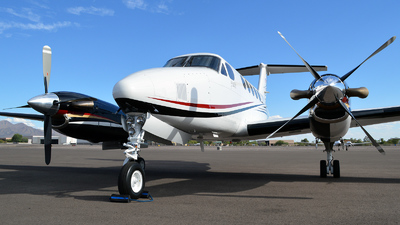 N8KB - Beechcraft 200 Super King Air - Private