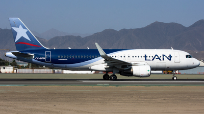CC-BFM - Airbus A320-214 - LAN Airlines
