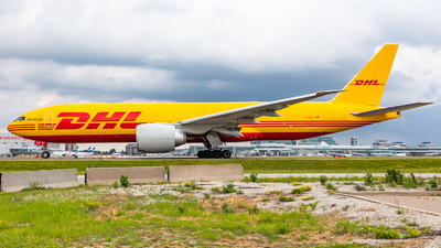 A picture of DAALR - Boeing 777F - DHL - © Hongyu Wang