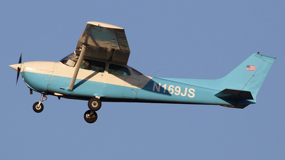N169JS - Cessna 172N Skyhawk - Private