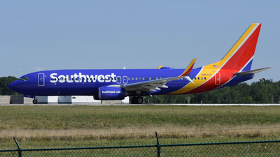 N8574Z - Boeing 737-8H4 - Southwest Airlines