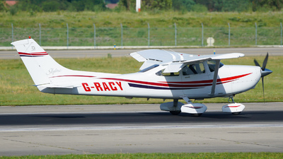 G-RACY - Cessna 182S Skylane - Private