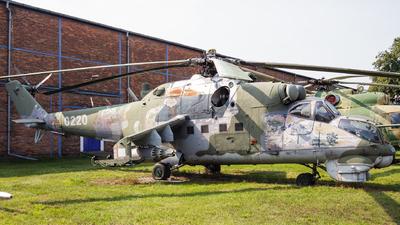 0220 - Mil Mi-24D Hind D - Czech Republic - Air Force