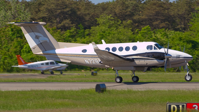 N729AK - Beechcraft B300 King Air - Private