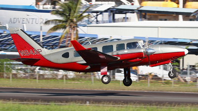 A picture of N64AP - Piper PA31350 - [317405178] - © Angel Natal