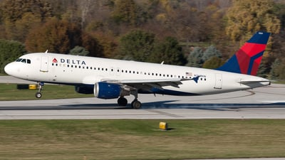 N361NW - Airbus A320-212 - Delta Air Lines