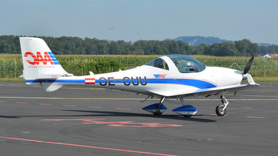 OE-CUU - Aquila A210 - AAC Austrian Aircraft Corporation