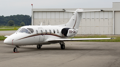 ES-CMK - Hawker Beechcraft 400A - Private