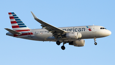 N9011P - Airbus A319-115 - American Airlines