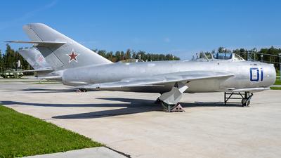 01 - Mikoyan-Gurevich Mig-17F Fresco - Soviet Union - Air Force