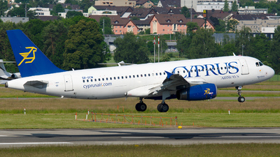 5B-DCM - Airbus A320-232 - Cyprus Airways