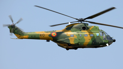 40 - IAR-330M Puma - Romania - Air Force