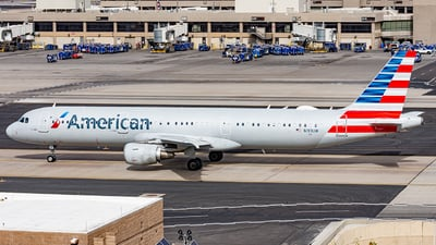 A picture of N193UW - Airbus A321211 - American Airlines - © Alexander Owen