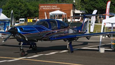 OE-VTW - Diamond DA-50V - Diamond Aircraft Industries