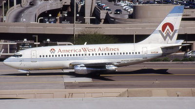 N145AW - Boeing 737-2A6 - America West Airlines