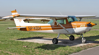 SP-KBH - Cessna 152 II - Private