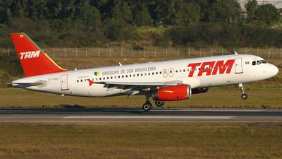 PT-MZP - Airbus A320-231 - TAM Linhas Aéreas
