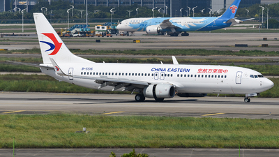B-5516 - Boeing 737-86N - China Eastern Airlines
