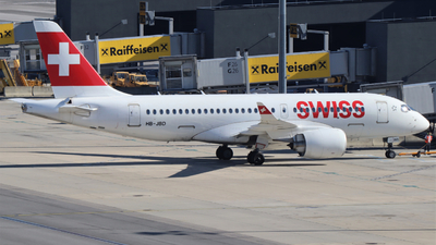 A picture of HBJBD - Airbus A220100 - Swiss - © Johannes Bauer