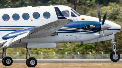 HK-5171 - Beechcraft B300 King Air 350 - Internacional Ejecutiva de Aviación