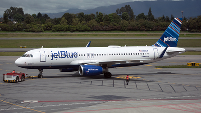 N805JB - Airbus A320-232 - jetBlue Airways