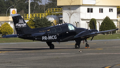 PR-MCG - Beechcraft 58 Baron - Private