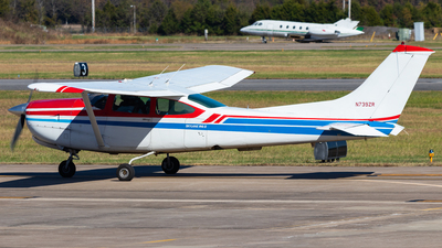 A picture of N739ZR - Cessna R182 Skylane RG - [R18201021] - © Andrew Jeng