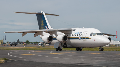 QQ102 - British Aerospace Avro RJ70 - United Kingdom - QinetiQ