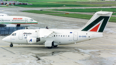 EI-COQ - British Aerospace Avro RJ70 - Azzurra Air
