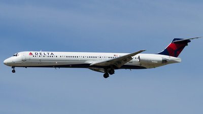 N918DL - McDonnell Douglas MD-88 - Delta Air Lines