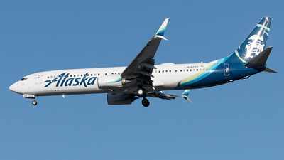 A picture of N467AS - Boeing 737990(ER) - Alaska Airlines - © Yixin Chen