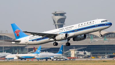 A picture of B6379 - Airbus A321231 - China Southern Airlines - © ZHANG Yu-hui