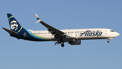 A picture of N481AS - Boeing 737990(ER) - Alaska Airlines - © Xiamen Air 849 Heavy