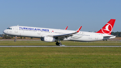 TC-JTA - Airbus A321-231 - Turkish Airlines
