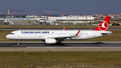 TC-JTL - Airbus A321-231 - Turkish Airlines