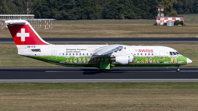 HB-IYS - British Aerospace Avro RJ100 - Swiss