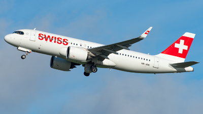 A picture of HBJDB - Airbus A320271N - Swiss - © GoldenWingPix