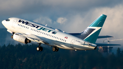 A picture of CGWCT - Boeing 7376CT - WestJet - © Derek MacPherson