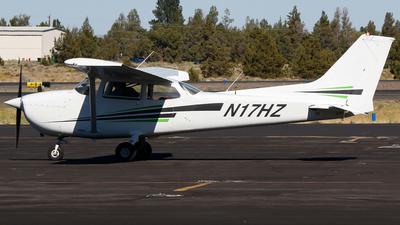 A picture of N17HZ - Cessna 172M Skyhawk - [17266345] - © Alec Mollenhauer
