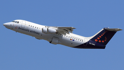 OO-DWC - British Aerospace Avro RJ100 - Brussels Airlines