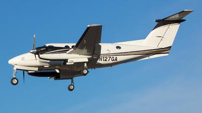 A picture of N127GA - Beech 200 Super King Air - [BB312] - © Stephen J Stein