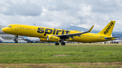 A picture of N686NK - Airbus A321231 - Spirit Airlines - © Luis Corrales H