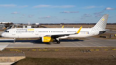 A picture of ECMHA - Airbus A321231 - Vueling - © Martin Tietz