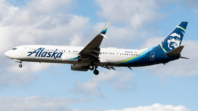 A picture of N285AK - Boeing 737990(ER) - Alaska Airlines - © Nick Sheeder
